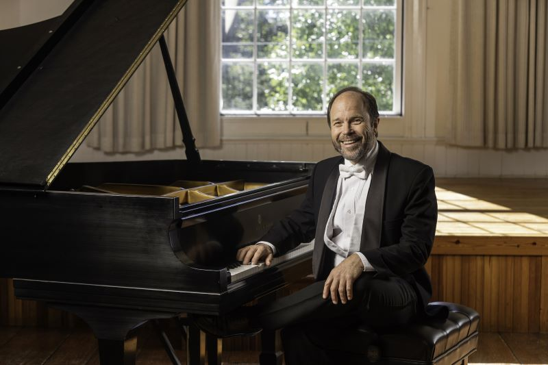 Relax at home with Pianist Frederick Moyer